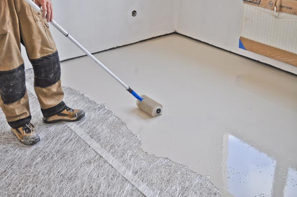 Floor with minimum screed thickness  Minimum screed thickness